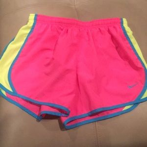 Nike Girls Pink Dry-Fit Shorts Size-Girls Large